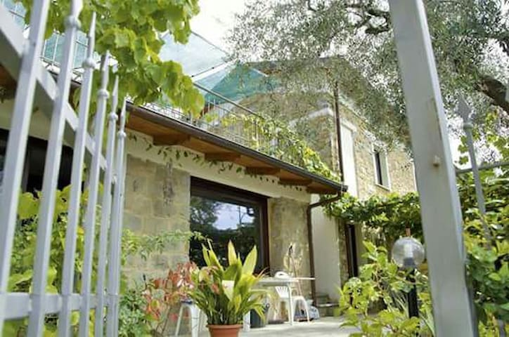 Le Caillou - San Remo - Bed & Breakfast