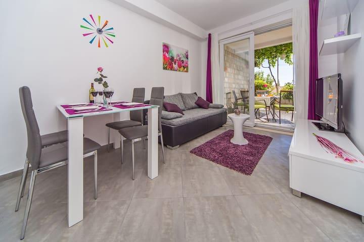 Apartment Flora - Mlini - Apartamento