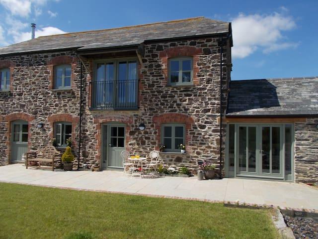 The Barn at Collacott - Hare Room - Launceston - Bed & Breakfast