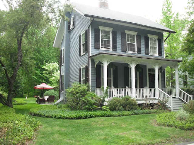 Close to NYC with country charm. - Palisades - Casa