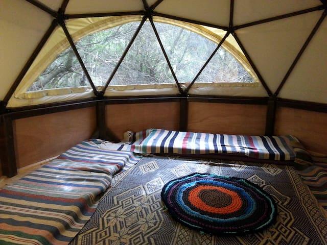 hila camping hut + tent - Hila - Hütte