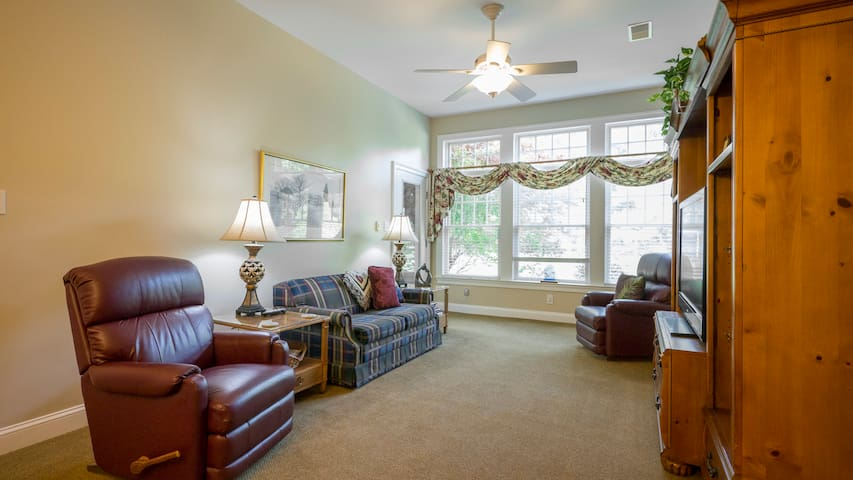 Peaceful and Private apartment in West Chester - West Chester