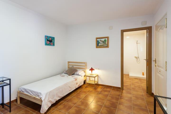 Chambre au milieu des orangers - Alzira