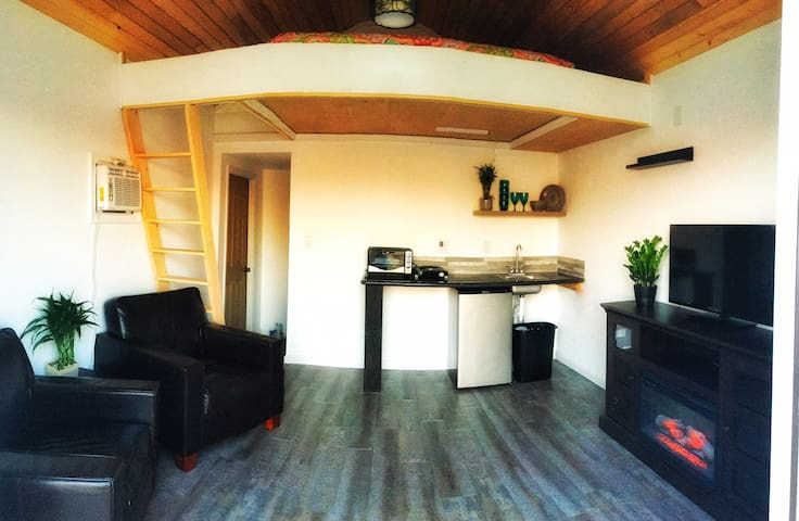 Ocean view Tiny House with Pool! - Rodanthe - Isla