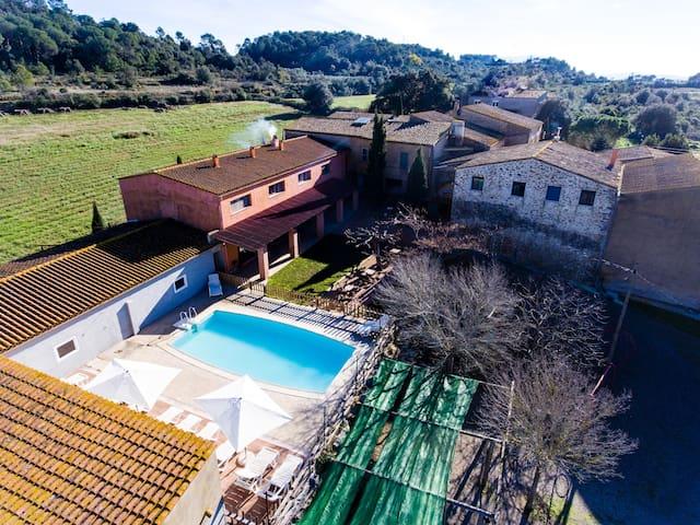 APARTAMENTO PARA 4-Confort, Calidad y Relax-POUI - Llabià - Apto. en complejo residencial