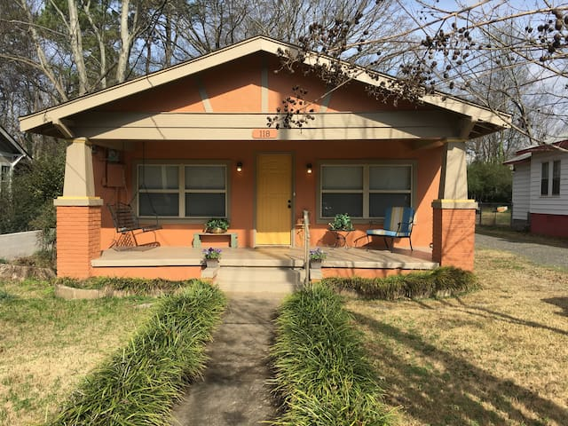 Updated cozy craftsman near Oaklawn - Hot Springs