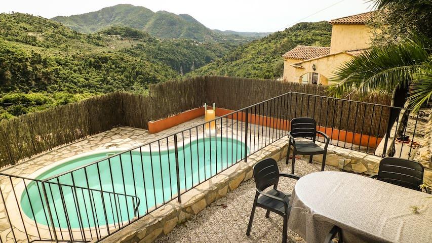 Villa Moderne et Piscine sur les hauteurs de Nice - Levens - Villa
