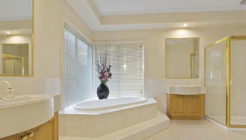 Luxury home - Berwick - 獨棟