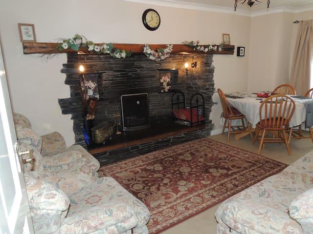 White Rose Cottage,UK Lake District, Nr Ulverston - Dalton Town with Newton - Huis