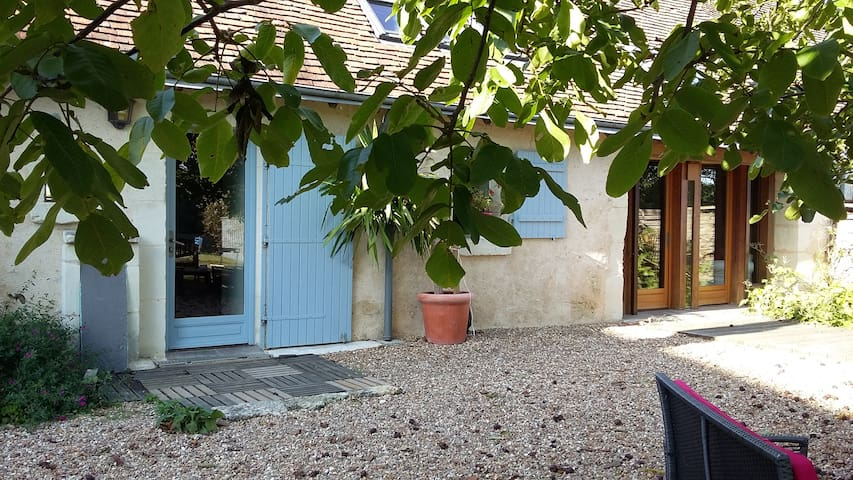 Lovely house in the country - Sasnières - Ev