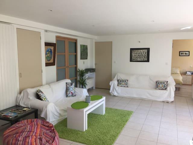 Studio apartment - Pleasant, quiet and spacious - Tournefeuille - Casa
