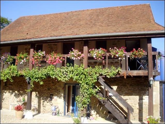 ALIGOTE FARMHOUSE BARN APARTMENT - Dracy-lès-Couches - Appartement