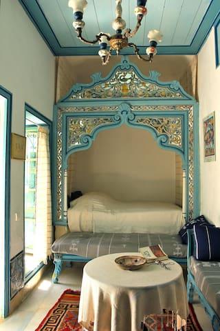 Au Bout de l'Impasse. Tunis mèdina - Bab Lakouass - Tunis - Bed & Breakfast
