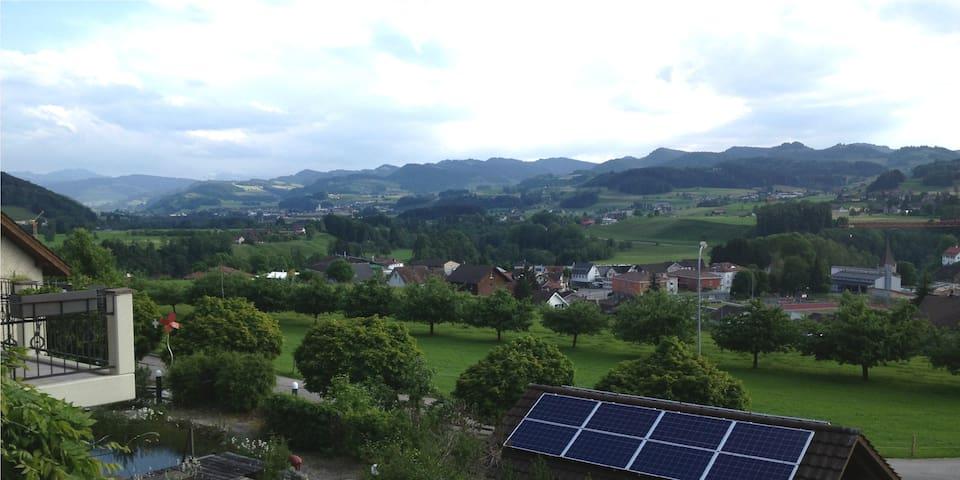 BnB Alpenblick - Lütisburg - Bed & Breakfast
