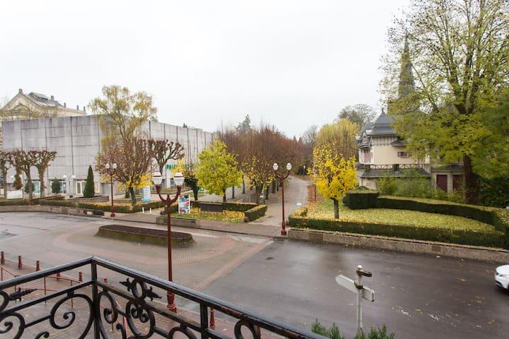 Votre cure thermale à 5minutes à pied par le parc - Vosges - Lägenhet