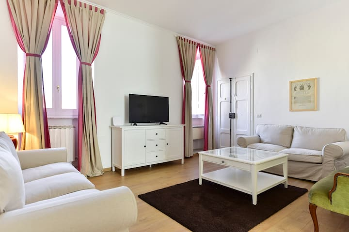 Brand New Apartment in the main square - Poggio Mirteto - Appartement