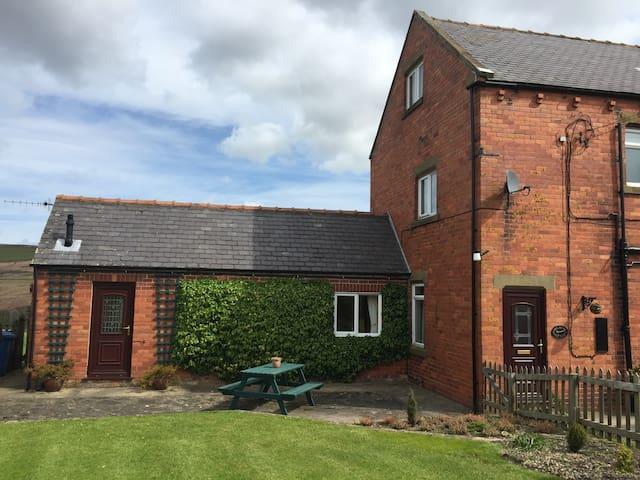 Cowl Banks Cottage-North York Moors - Danby - Rumah