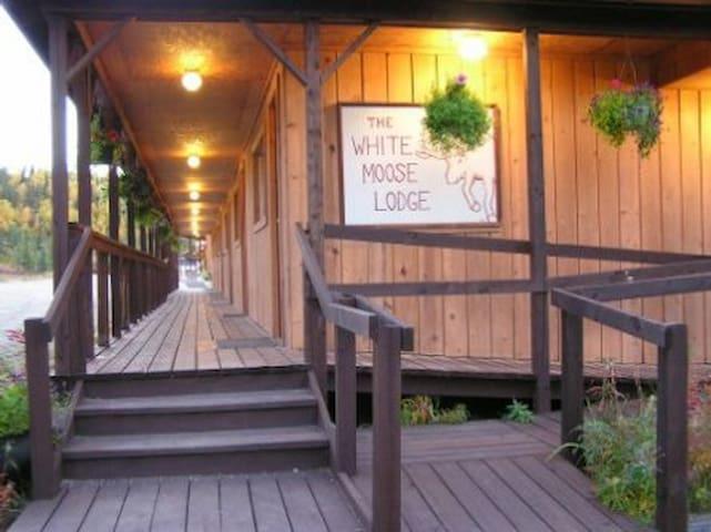 White Moose Lodge - Healy - Gjestehus