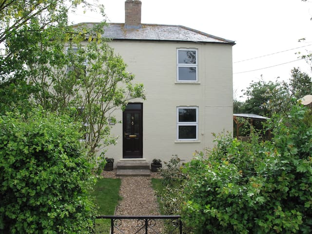 Rural Country Cottage  - Whittlesey - Ev