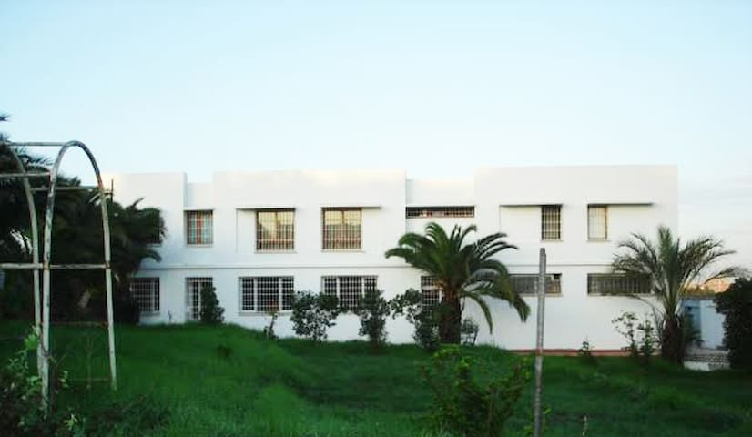Cosy apt. 15min from the airport - Sidi M'Hamed - Daire