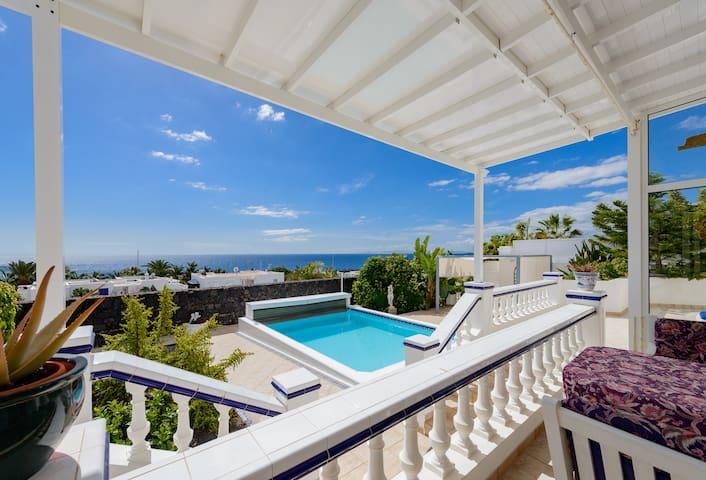 Villa Fortuna + Seaview + Pool - Puerto Calero - Villa