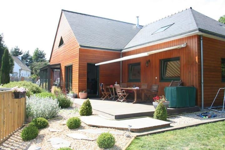 Maison bois avec piscine chauffée - Bobital
