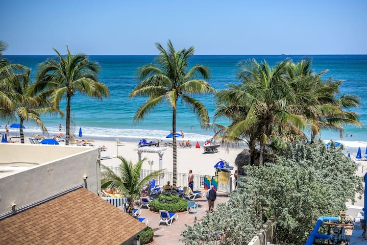 Private Beach/large pool/studio - Fort Lauderdale - Apartmen