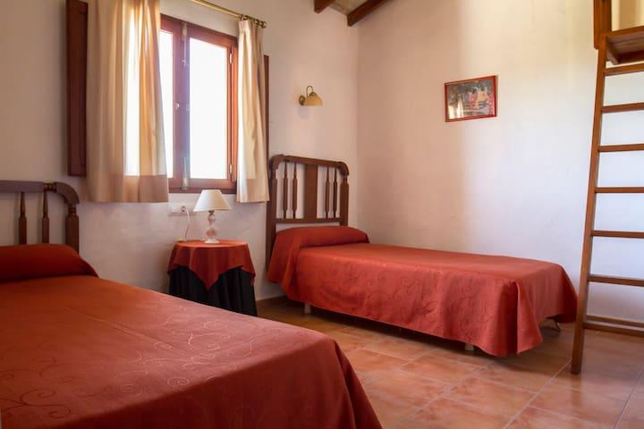 PINET. Habitación2 CasaRural H.Pere - Quatretonda - Casa
