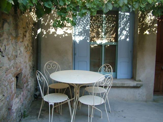 Balcony Room - Montazels - Haus