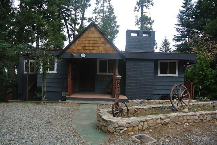 Lakeview Cabin Retreat - San Bernardino