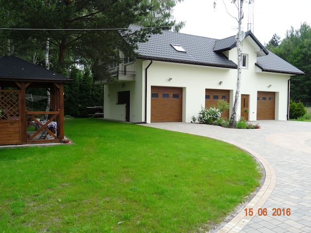 Bedroom with two single beds for two persons - Nieporaz - Hus