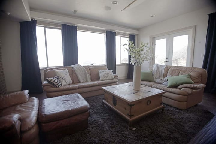 Spa with an amazing view - Herriman - Appartement