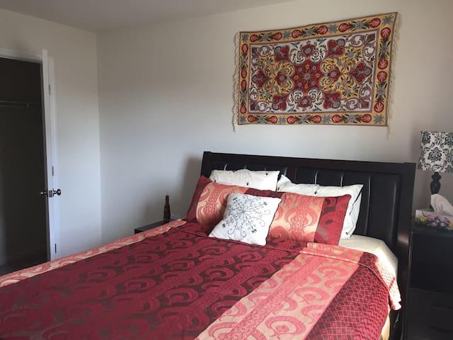 #Ganga# New Private Clean Bedroom - Mechanicsburg - Hus