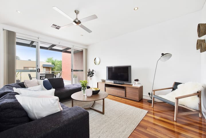 The Apartment on Chapel - Norwood - Daire
