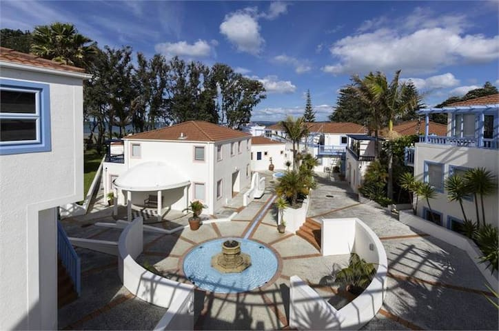 Oceanside apartments - Orewa - Service appartement