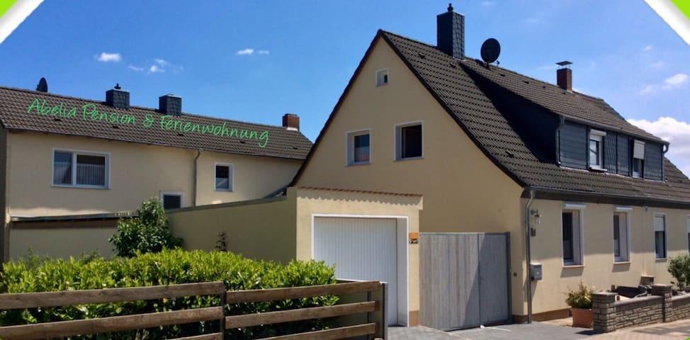 FeWo mit Terrasse u. DZ mit Balkon - Helmstedt - Daire