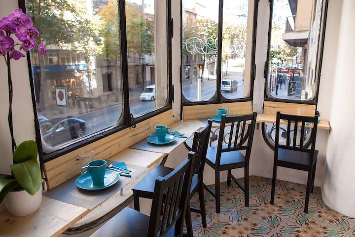 Una Cama en Habitación compartida mixta - Girona