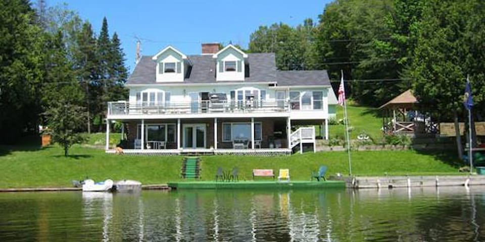 Lakeside Haven - Glover - Bed & Breakfast