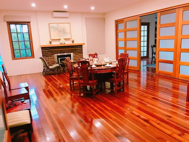 big house with tennis court - quiet and convenient - Killara - Villa
