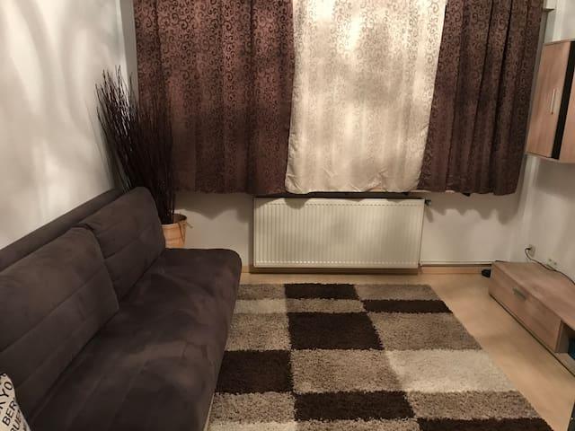 Schöner Apartment in ruhiger Lage mit eigener EG - Hilden - Kondominium
