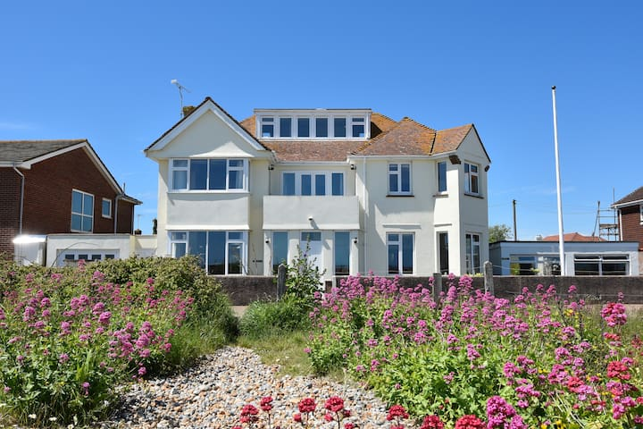 Great family home on the beach - Pevensey Bay - Huis