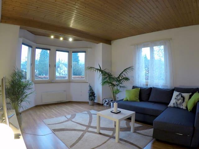 friendly 3.5 room appartment max6P - Wettingen - Leilighet