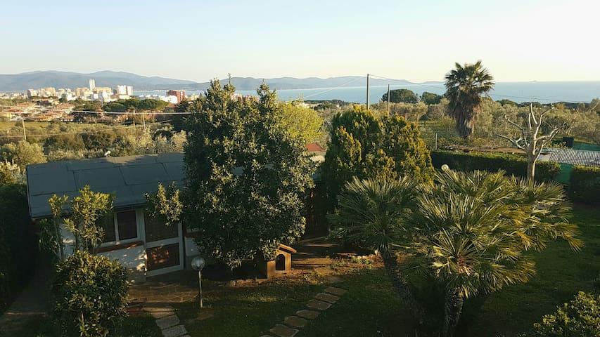 Monolocale con piscina Follonica Toscana - Follonica - Byt