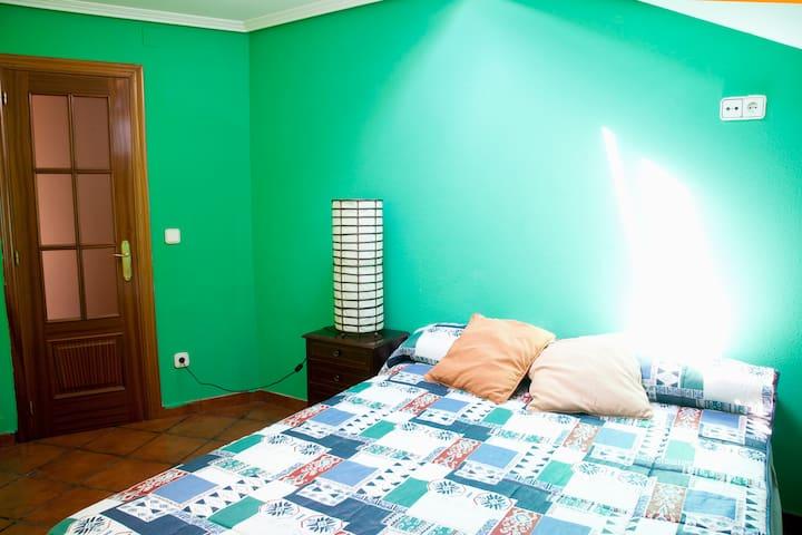 Lovely attic in San Sebastian - San Sebastian - Leilighet
