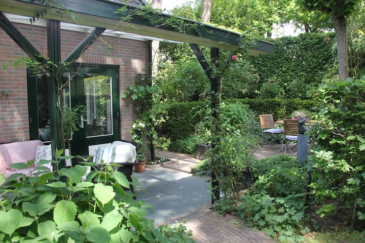 Sfeervol tuinhuis in mooie omgeving - Doorn