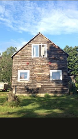 Charming Country Apartment on 20 ac - Johnson - Leilighet