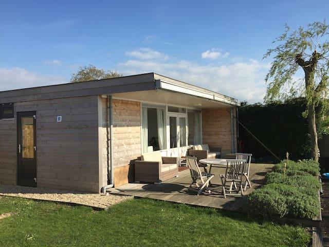 Summer cottage at the lake - Reeuwijk - Kabin