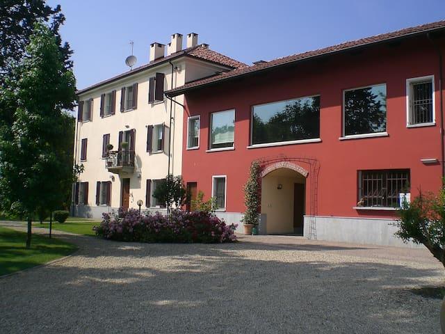 MONFERRATO Country House , Esclusive Ancient Villa - asti - Hus