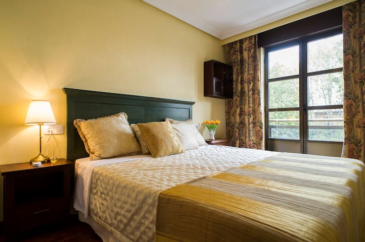 10 min to the Catedral with parking - Salamanca - Appartement