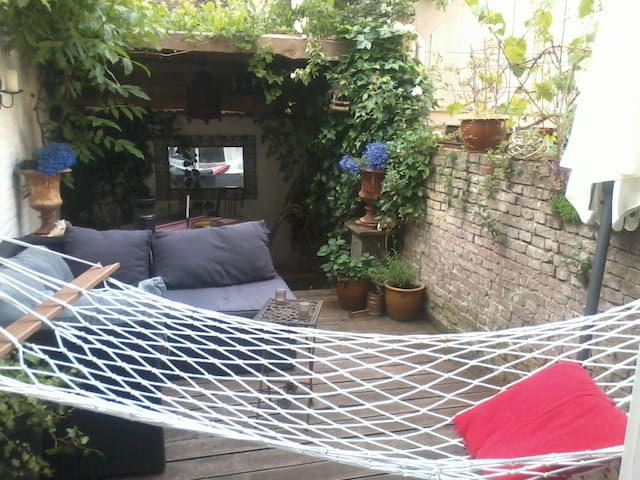 House with atmosphere by the beach - Vlissingen - Talo